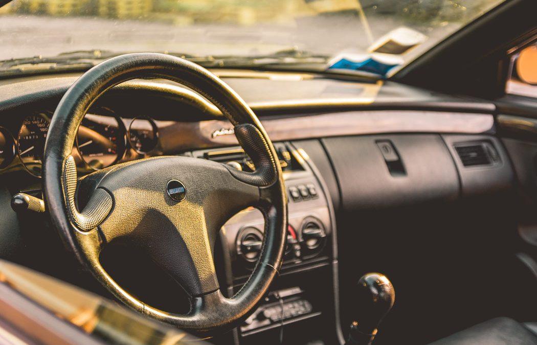 Jak wygląda serwis klimatyzacji samochodowej?