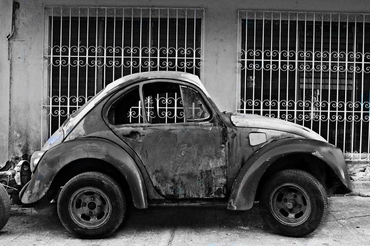 Dlaczego opłaca się złomować stare samochody?