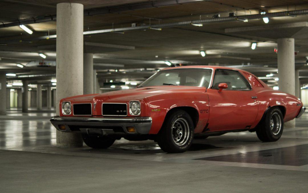Mustang, GTO, Charger – samochody z USA